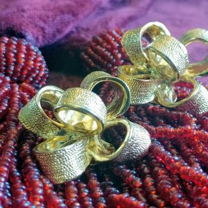 Vintage KJL Kenneth Jay Lane gold bow earrings